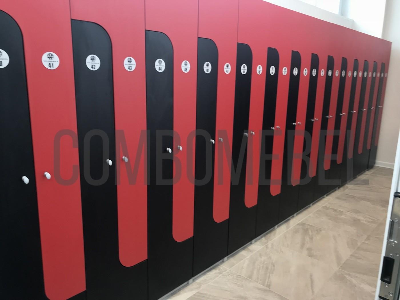 L-образные шкафы для переодевания клуба единоборств в москве