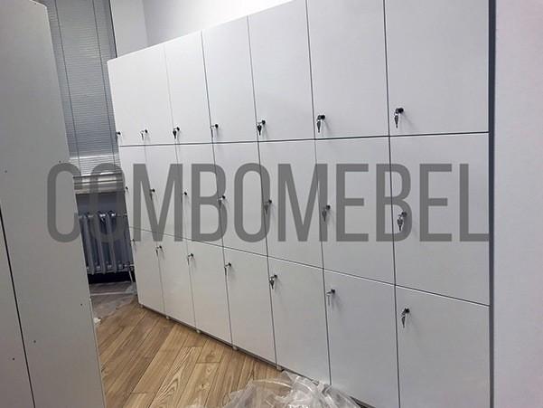 Z образные шкафы для фитнес раздевалок